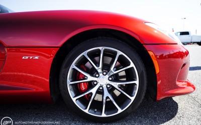 Dodge viper GTS red